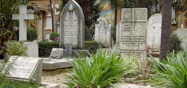 Mistério do Vaticano: ossos encontrados em busca de menina
