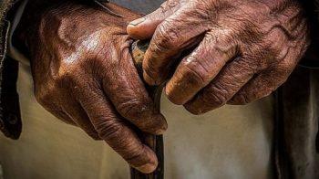 Cientistas revertem a idade biológica dos seres humanos